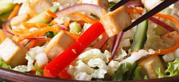 Salate delicioase cu tofu